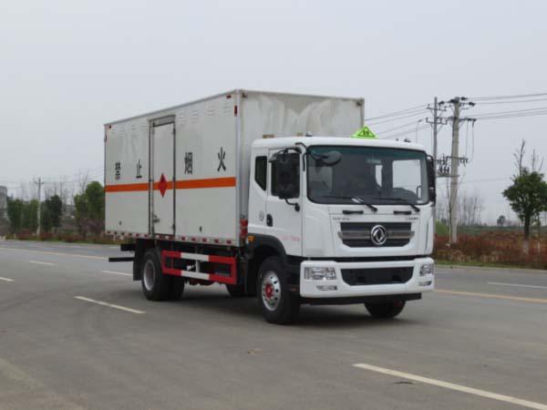 JDF5180XRYE5易燃液体厢式运输车
