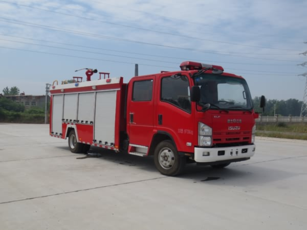 庆铃4-5吨水灌消防车
