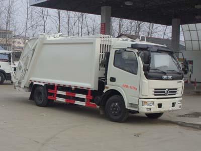 东风多利卡8方压缩垃圾车密封盖加挂桶朝柴156马力