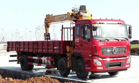 東風天龍小三軸10噸|12噸隨車吊