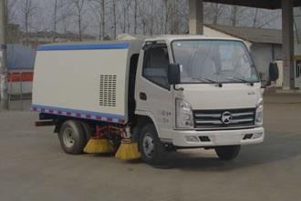 凱馬小型掃路車價格0.5方水1.5方塵掃路車