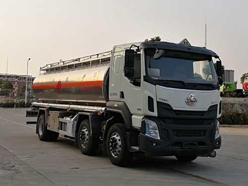 柳汽乘龙18吨铝合金运油车