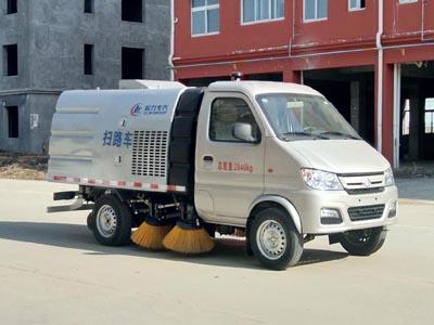 长安2.7米轴距国五2方扫路车(水仓0.5方/尘仓1.7方)