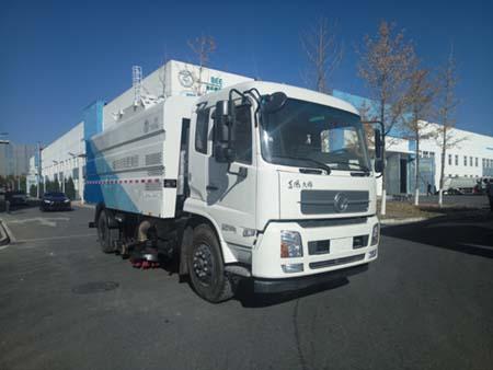北京市清洁机械厂BQJ5161TSLE5型东风天锦扫路车