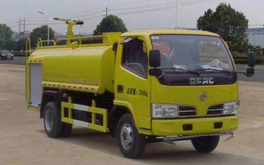 东风多利卡单排3.6吨消防洒水