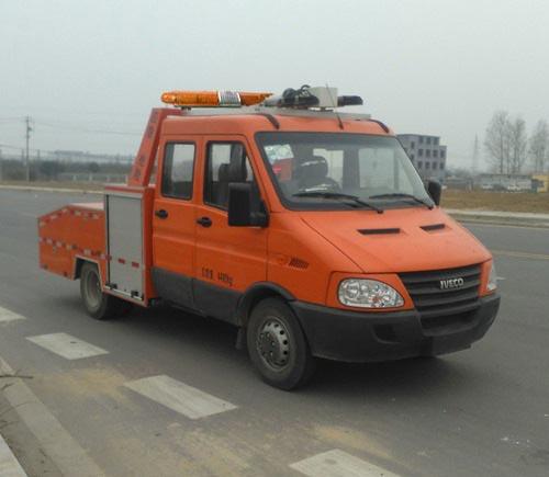抢险救援照明车图片
