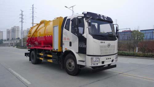 东风天锦14方清洗吸污车带水循环泵介绍高压清洗吸污车与吸污车区别
