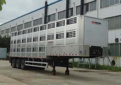 畜禽运输半挂车图片