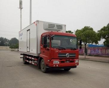 东风天锦6米2冷藏车肉钩冷藏车