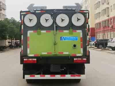 国六小多利卡吸尘车图片
