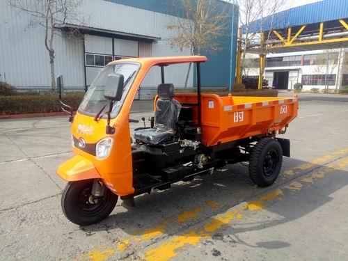 山东时风7YP-1475DJK型自卸三轮汽车