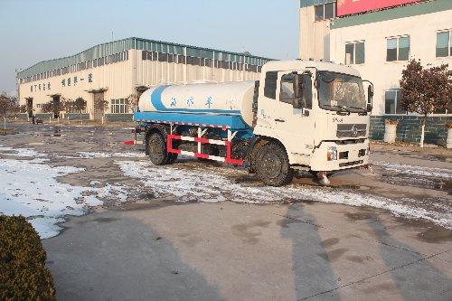 东风天锦国五15吨洒水车