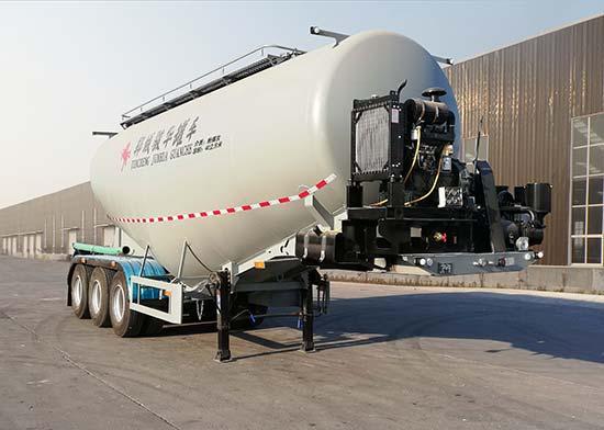 中密度粉粒物料运输半挂车冬季保养,轮胎需定期更换位置粉粒物料运输车属于特几车