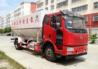 好用的散装程力威牌散装饲料运输车(CLW5180ZSLC5)型19厂家在哪15吨散装饲料运输车
