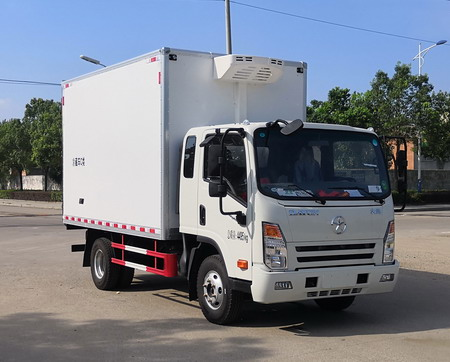 大运排半国六冷藏车(箱长3700mm)