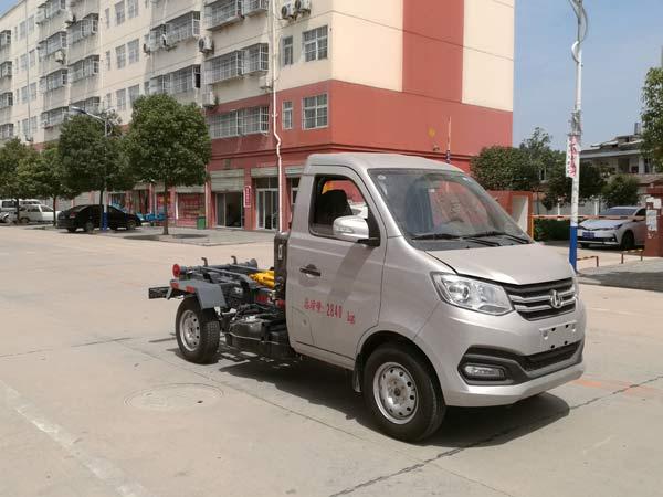 長安國六勾臂垃圾車