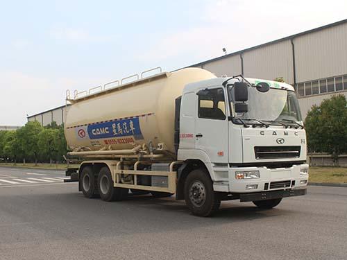 低密度粉粒物料运输车图片