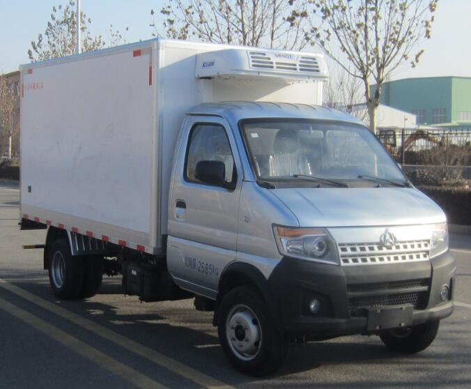 長安神騏國六冷藏車(箱長3200mm容積7.5方)