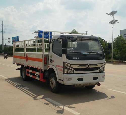 亚博体育官网多利卡国六3800危化气瓶运输车图片