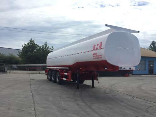 润滑油罐式运输半挂车全套欧标的用途分别是什么?油罐车与加油车一样吗图片