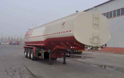 夏季润滑油罐式运输半挂车空调使用易入几大误区复合油罐车图片