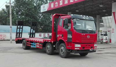 程力威牌平板运输车专用性能 :随车吊低平板运输车厂家图片
