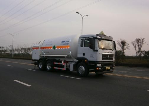 二氧化碳运输车图片