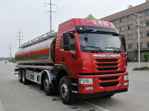 国5解放J5前四后八铝合金运油车30.4立方米