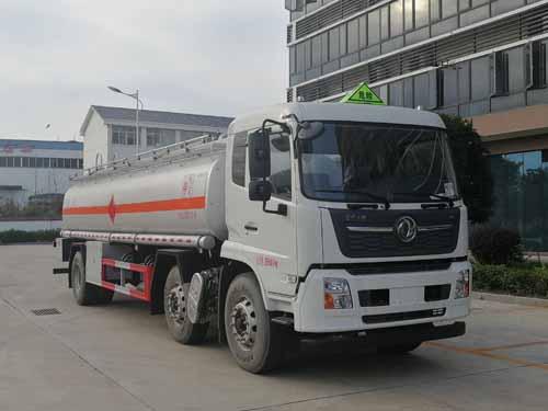 国六天锦小三轴运油车22.5立方米