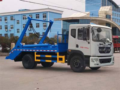8方东风D9摆臂式垃圾车