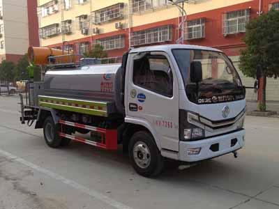 多利卡5方綠化噴灑車(30米霧炮)