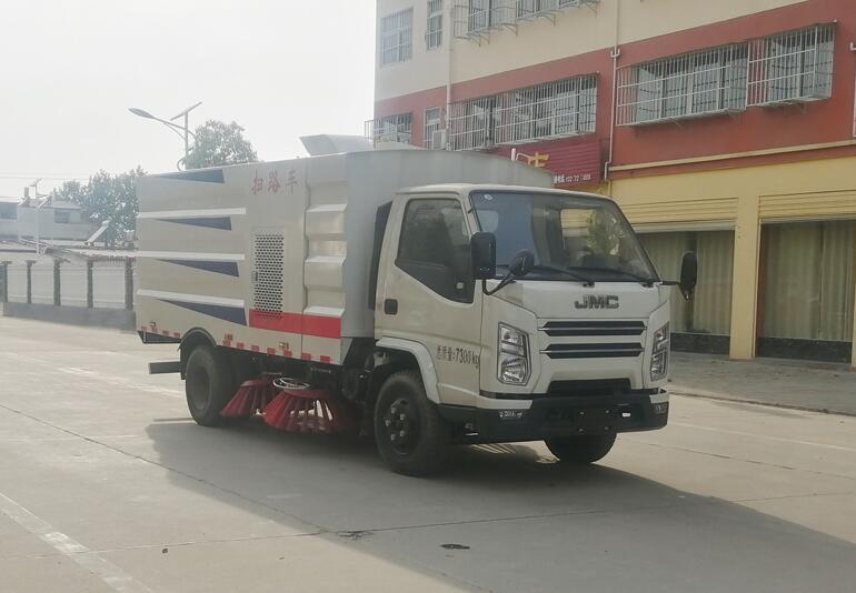 国六江铃扫路车