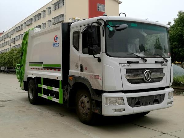 东风D912方压缩垃圾车
