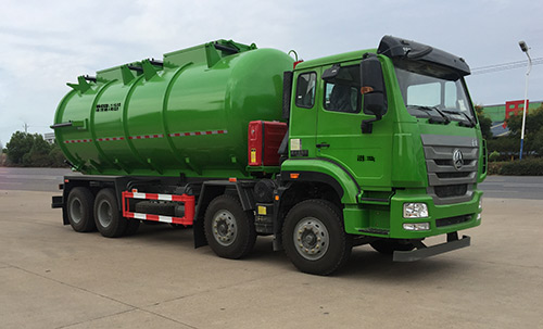 污泥运输车图片