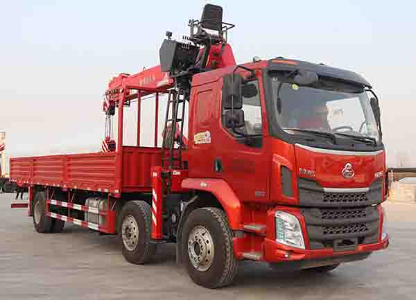 2-5吨宏昌天马牌(HCL5250JSQLZ5)随车吊专业评测随车起重运输车的应用