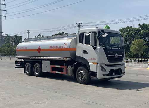東風天龍易燃液體罐式運輸車