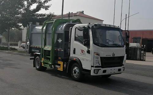 东风多利卡5方垃圾车 蓝牌压缩垃圾车价格是多少多功能压缩式垃圾车