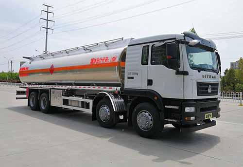 重汽豪沃易燃液體罐式運輸車