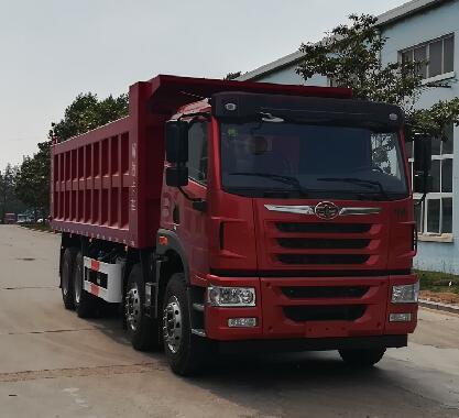 自卸式垃圾车主要是运载生活垃圾,亦可支输灰,砂,石,土等散装建筑材料,也可以在矿山或煤建中送矿石或煤。封闭式垃圾车厂家图片