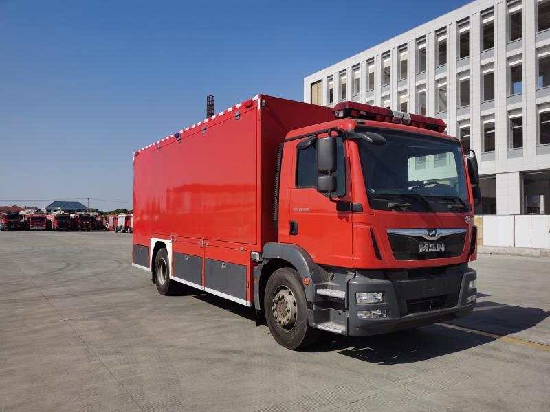德国曼器材消防车