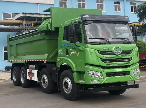 解放牌自卸式垃圾车(CA5310ZLJP1K15L2T4E6A80)的八大优势如何防垃圾车与小车图片