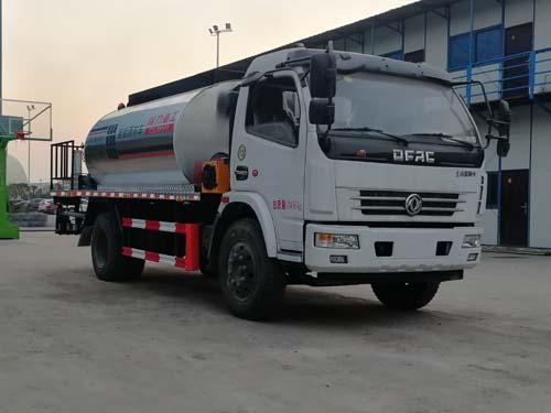 沥青洒布车的技术保养与润滑武汉液态沥青运输车图片