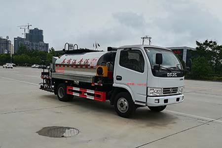 沥青洒布车设备性能特点安庆运输沥青的车图片