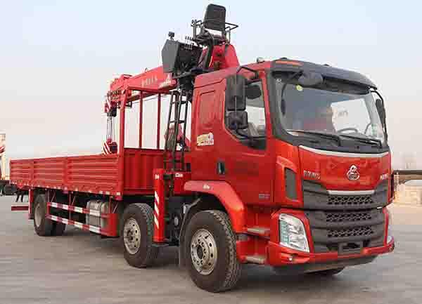 随车吊磨合期不仅要保养还要节油随车起重运输车二维图图片